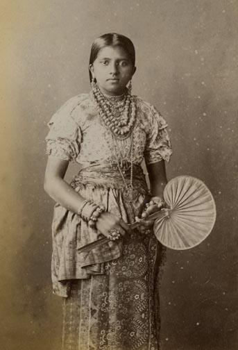 kandyan-lady